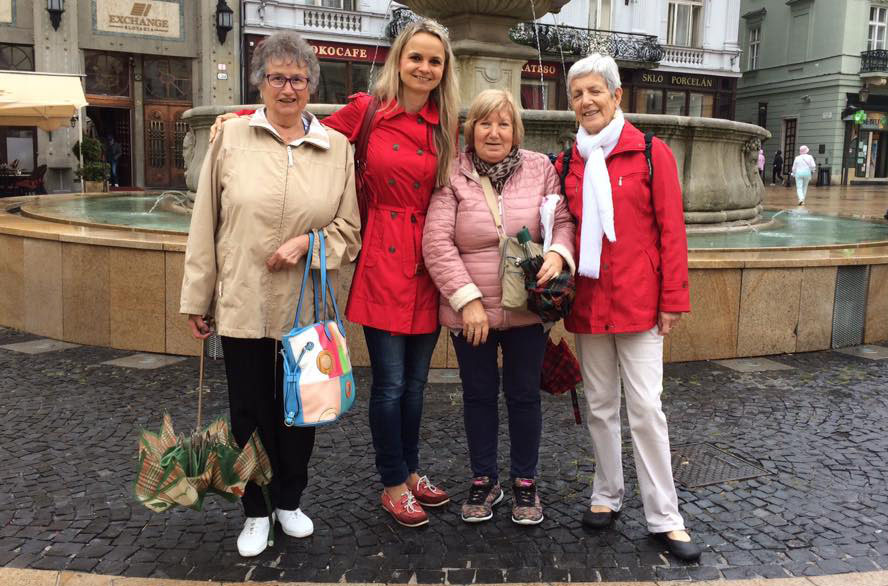 With the women of Catalonia in the Main Square